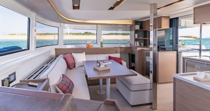 Location bateau Lagoon Lagoon 46 à Trogir sur Samboat