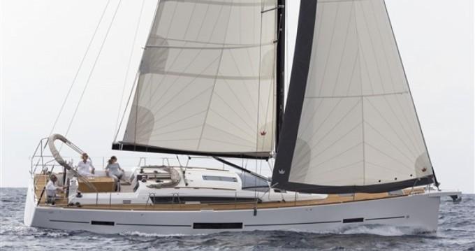 Location bateau Saint-Mandrier-sur-Mer pas cher Dufour 520 Grand Large