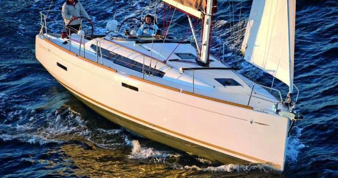 Louez un Jeanneau Sun Odyssey 389 JP à Skradin
