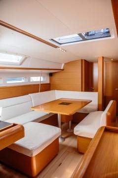 Louez un Jeanneau Sun Odyssey 519 à Salerno