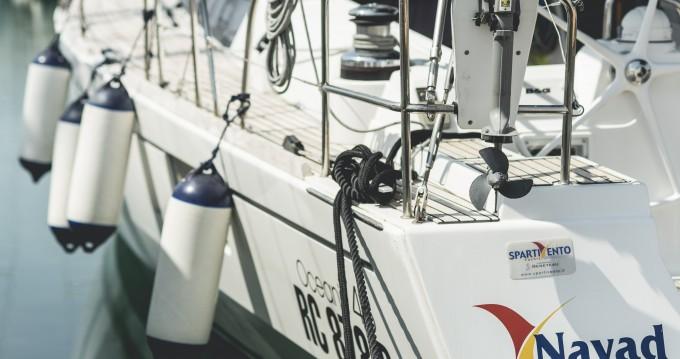 Louez un Bénéteau Oceanis 48 à Salerno