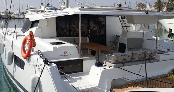 Location bateau Fountaine Pajot Astrea 42 à Ibiza (Ville) sur Samboat