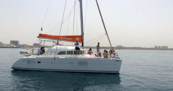 Lagoon Lagoon 380 entre particuliers et professionnel à Tel-Aviv