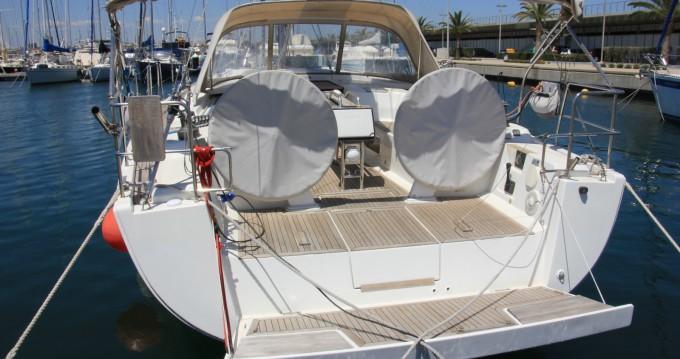 Location bateau Valencia pas cher Hanse 445