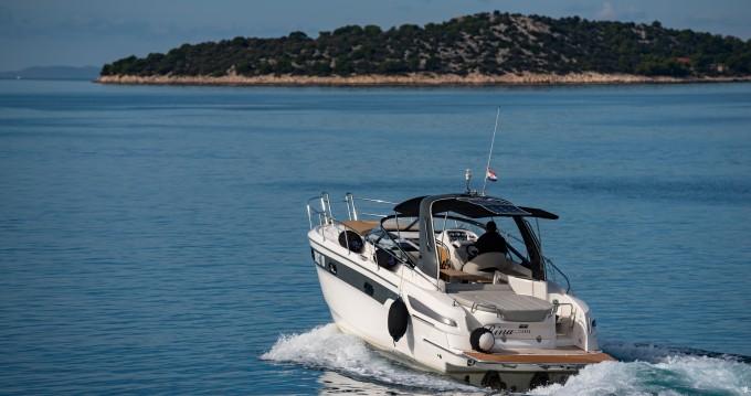 Location bateau Tribunj pas cher Bavaria 29 Sport