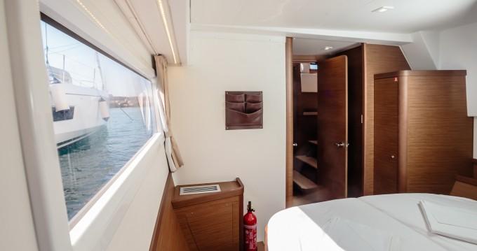 Location bateau Marina di Portorosa pas cher Lagoon 42