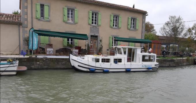 Locaboat 9,3 entre particuliers et professionnel à Narbonne