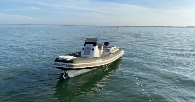 Location bateau Joker Boat Clubman 24 à Setúbal sur Samboat