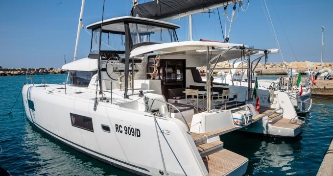 Location bateau Lagoon Lagoon 42 à Salerno sur Samboat