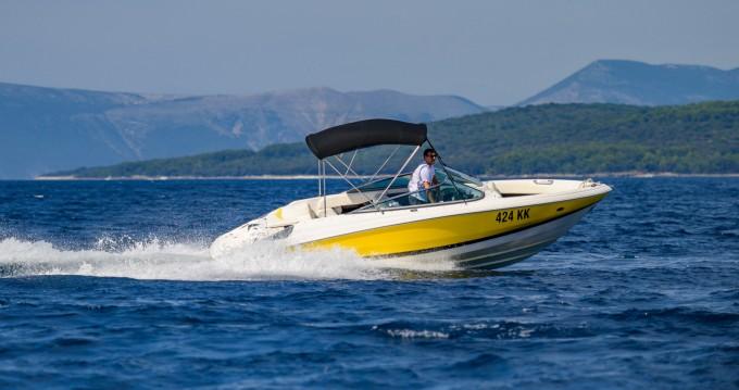Location bateau Kornić pas cher Regal 2200