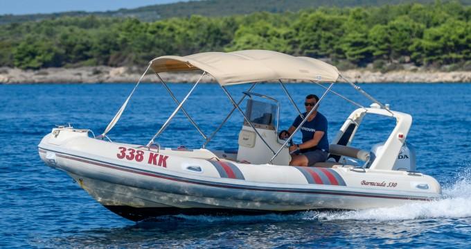 Location bateau Kornić pas cher Barracuda 530