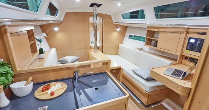 Location yacht à Procida - Jeanneau Sun Odyssey 319 sur SamBoat