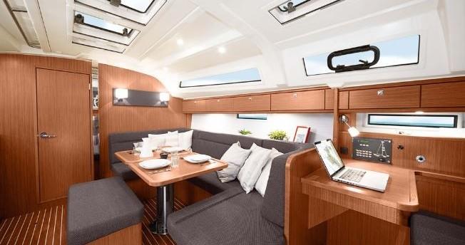Location bateau Volos pas cher Bavaria 41