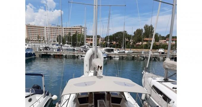 Location bateau Marina di Portorosa pas cher Dufour 390 Grand Large