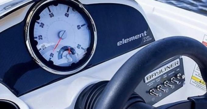 Bayliner Element entre particuliers et professionnel à Clearwater