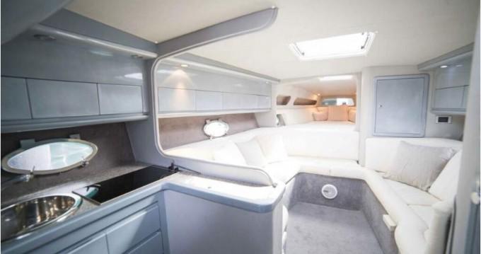 Louer Bateau à moteur avec ou sans skipper Performance à Île d'Ibiza