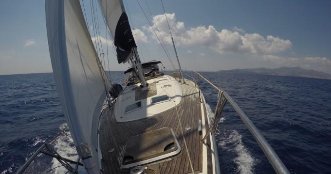 Louez un Jeanneau Sun Odyssey 49 à Port of Cannigione