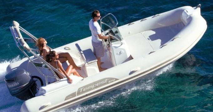 Location bateau Mahón pas cher Tempest 570