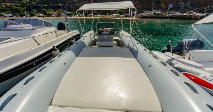 Location bateau Cefalù pas cher Tempest 750