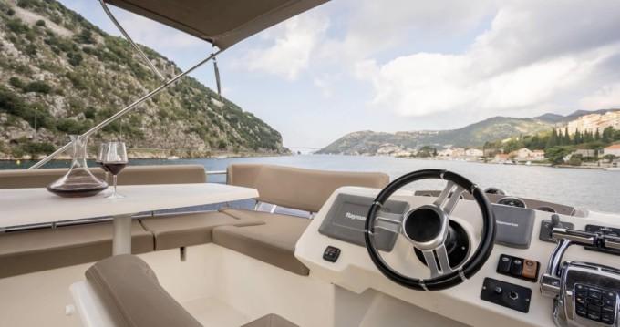 Location bateau Jeanneau Prestige 400 Fly à Dubrovnik sur Samboat
