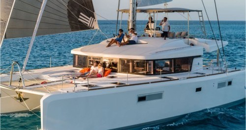 Location bateau Athènes pas cher Lagoon 52 F