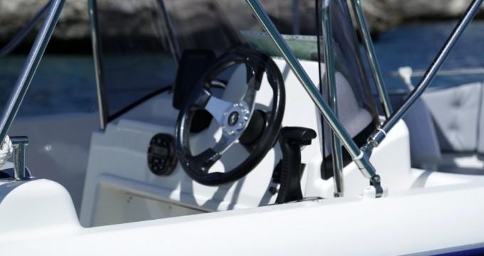 Louer Bateau à moteur avec ou sans skipper Pegazus à Cala d'Or