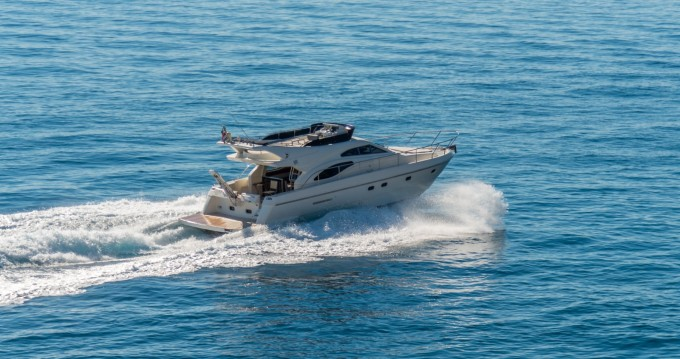 Ferretti Ferretti 430 entre particuliers et professionnel à Split