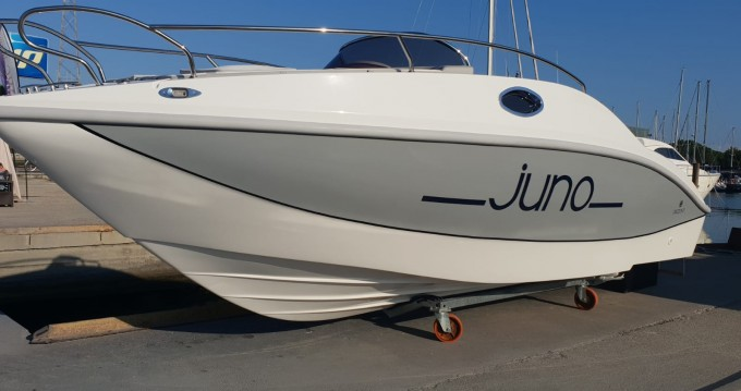 Location Bateau à moteur à Moniga del Garda - Orizzonti Juno 590