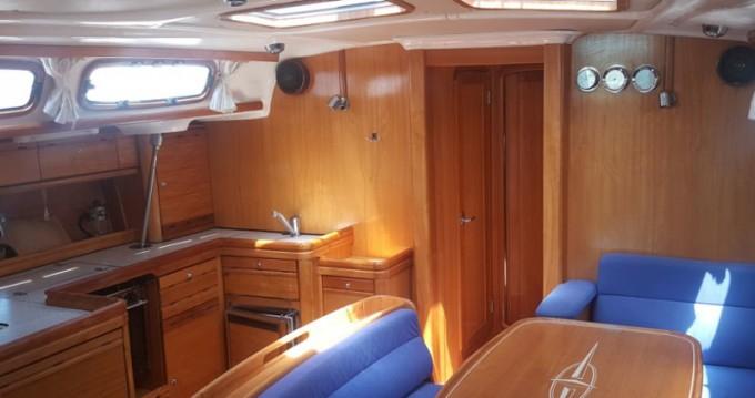Louez un Bavaria Bavaria 46 Cruiser-4  à Funtana-Fontane