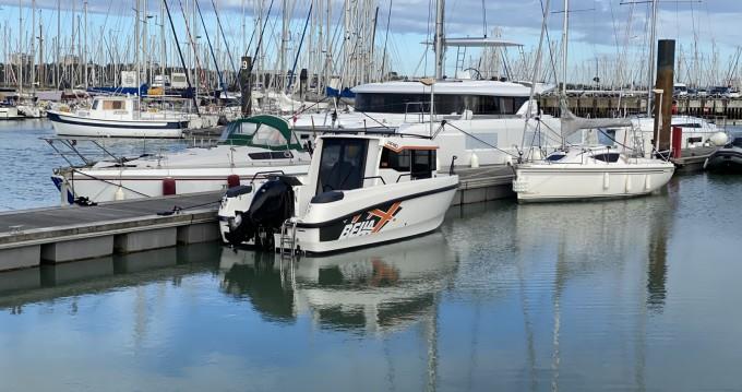 Louer Bateau à moteur avec ou sans skipper Bella à La Rochelle