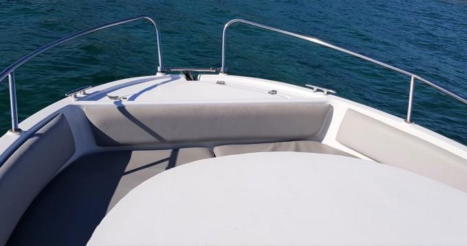 Louer Bateau à moteur avec ou sans skipper Astec à Palamós