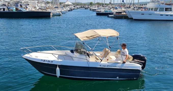 Louer Bateau à moteur avec ou sans skipper Cn-Cap-Ferret à Île d'Ibiza