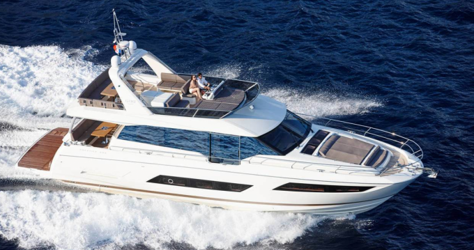 Location Yacht Prestige avec permis