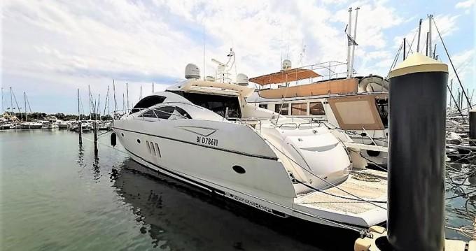 Location bateau Cannes pas cher Predator 72