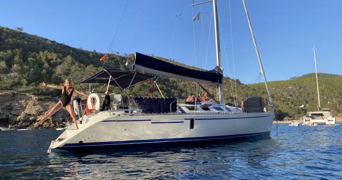 Location bateau Bénéteau First 41 S5 à Mahón sur Samboat