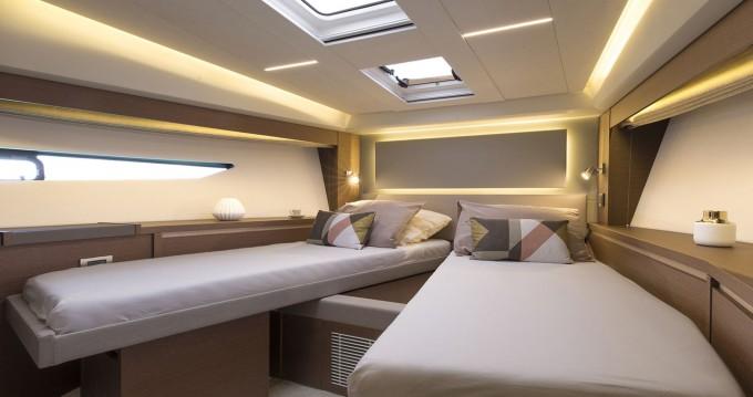 Location bateau  Prestige 520 S à Naples sur Samboat