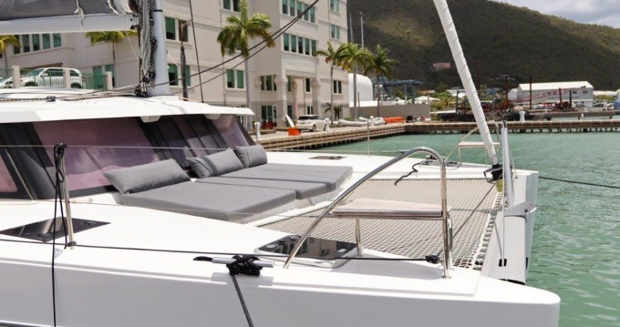 Location bateau Fountaine Pajot Lucia 40 à Tortola sur Samboat