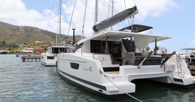Location Catamaran à Tortola - Fountaine Pajot Lucia 40