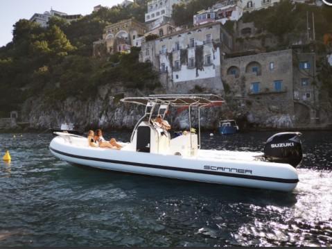 Semi-rigide à louer à Salerno au meilleur prix