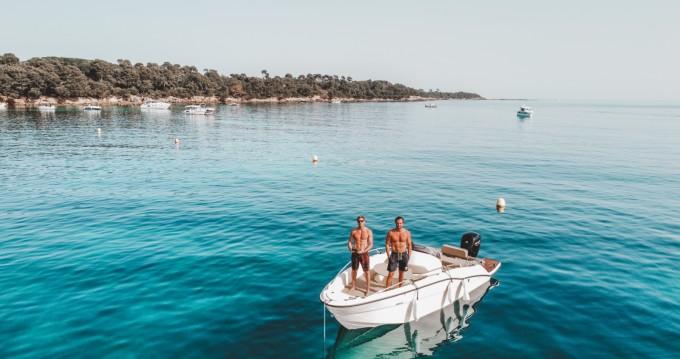 Location yacht à Cannes - Clear Aries Xl sur SamBoat