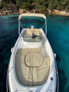 Location bateau Mandelieu-la-Napoule pas cher Cap Ferret 650 Open