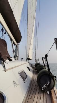 Location bateau Le Grau-du-Roi pas cher Hanse 461
