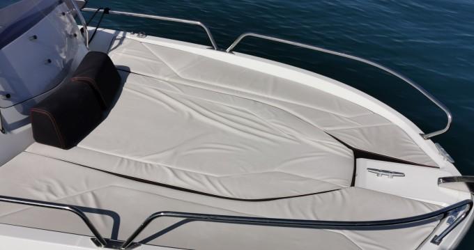 Location bateau Antibes pas cher Flyer 6.6 SUNdeck