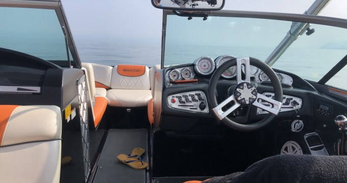 Location bateau Mastercraft X25 à Aix-les-Bains sur Samboat