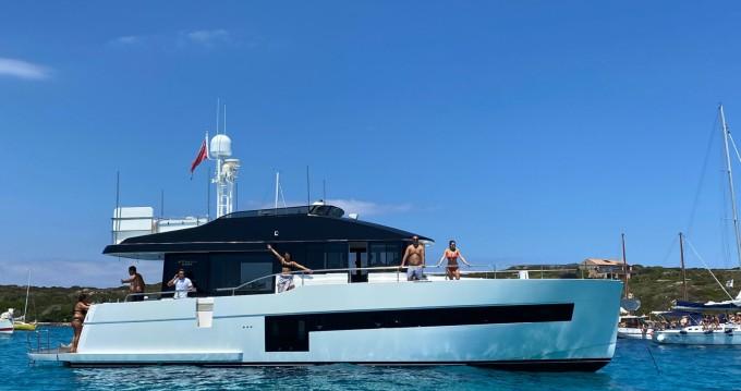 Location Yacht Sundeck avec permis