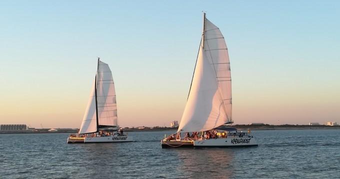 Louer Catamaran avec ou sans skipper Naval Force 3 à La Rochelle