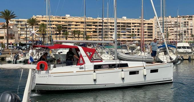 Location bateau Saint-Cyprien pas cher Oceanis 35.1