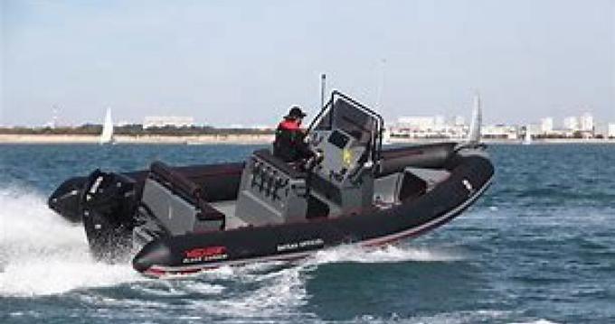 Louer Semi-rigide avec ou sans skipper Valiant à Lorient