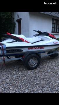 Location Jet Ski à Vendres - Sea-Doo GTS
