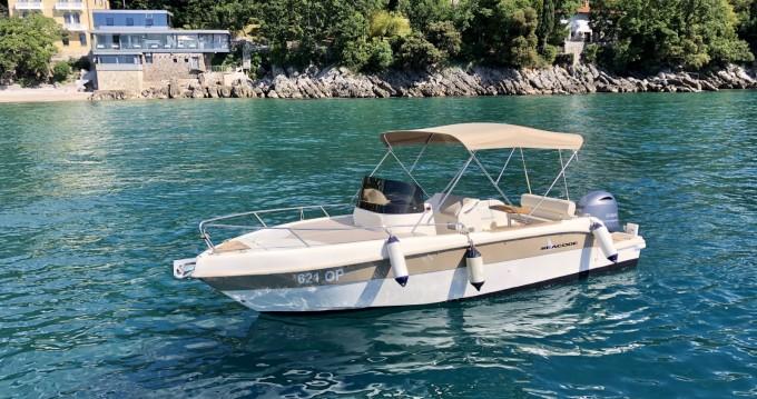 Location bateau Ičići pas cher 670 Hampton FB
